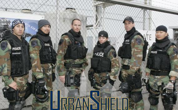 Swat Team Shields Police Swat Teams Arrive in